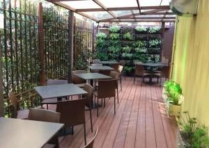 Piso deck listón wpc local restaurante y zona de comidas Acento Suministros SAS